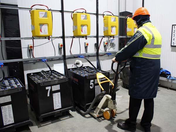 Raccolta-batterie-industriali