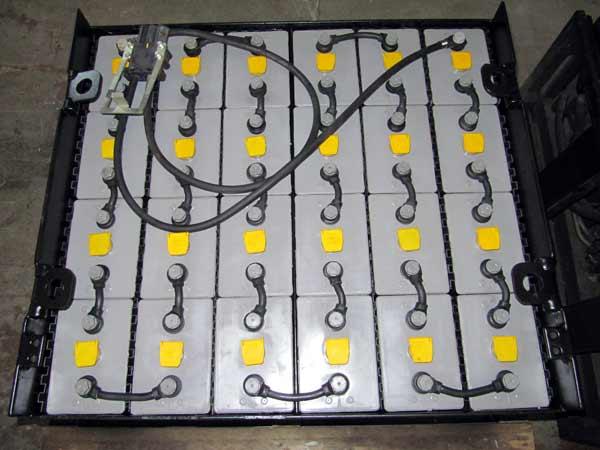 Batterie-per-carrelli-elevatori-varese