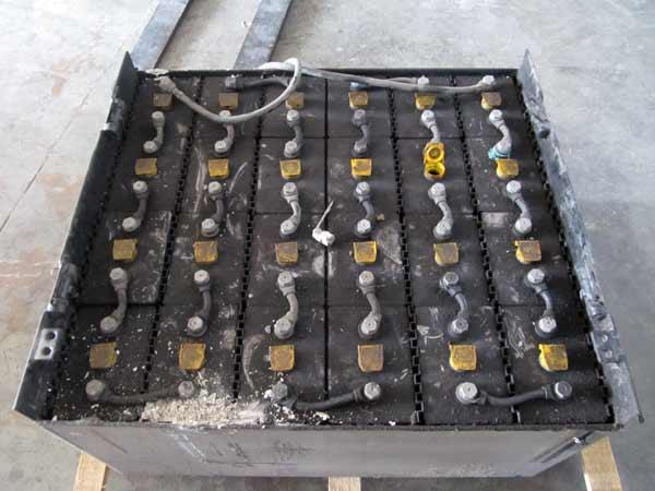 Preventivo-manutenzione-caricabatterie-varese